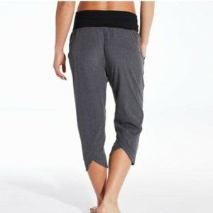 Calia Carrie Underwood Anywhere Fold Over Capris